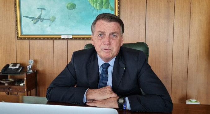Bolsonaro diz que o preço depende também dos governadores