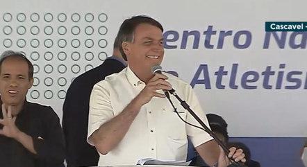 Bolsonaro diz que está todo mundo feliz no governo