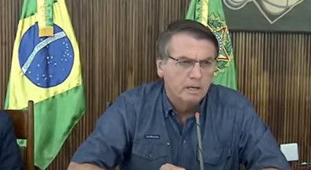 Bolsonaro diz que governo sufocou o MST