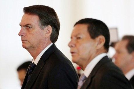 Na imagem, Jair Bolsonaro e Hamilton Mourão