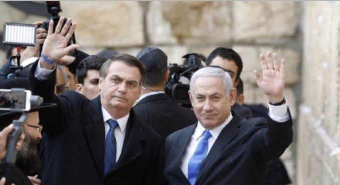 O presidente Jair Bolsonaro, com Benjamin Netanyahu em Israel