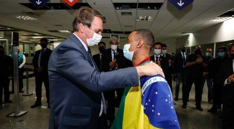 Bolsonaro confirmou que Felipe Melo foi fundamental na libertação de Robson