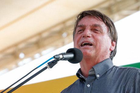 """""""Espero em janeiro regularizar essa questão"""", disse Bolsonaro"""