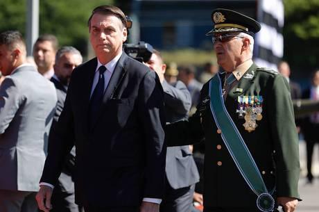 Bolsonaro viajou a SP para participar de cerimônia
