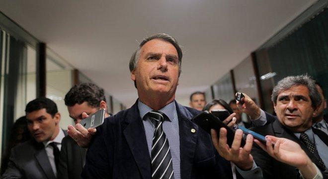 Bolsonaro no Congresso em foto de 2018; Fernando Schüler acredita que governo 'não terá' base orgânica no Legislativo