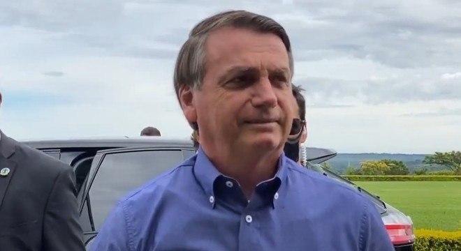 O presidente Jair Bolsonaro embarcou para Macapá com o presidente do Senado
