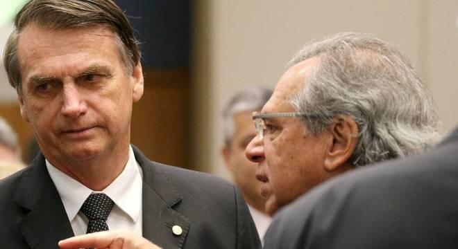 Bolsonaro e Guedes precisam permanecer juntos para evitar crise de confiança