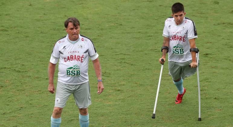 Bolsonaro participou de jogo beneficente