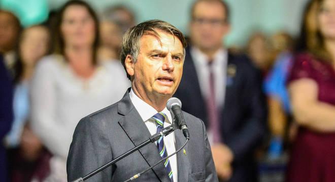 Argentina pode virar nova Venezuela caso Kirchner seja eleita, diz Bolsonaro