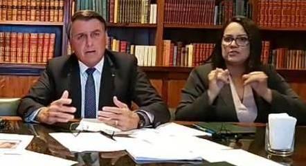 O presidente Bolsonaro durante live