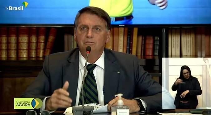 O presidente Jair Bolsonaro, durante live