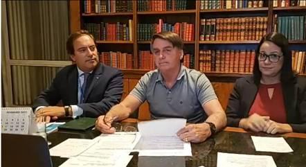 Bolsonaro em sua live nesta quinta (25)