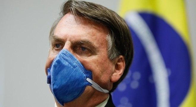 Bolsonaro: estou com vontade de baixar um decreto amanhã