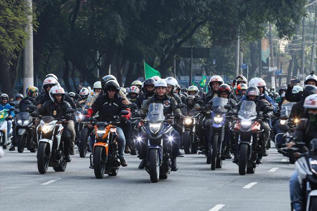 Intitulada 'Acelera Pra Cristo', a manifestação teve percurso programado de mais de 100 km passando por vias importantes da cidade. A concentração teve inicio no Sambódromo do Anhembi e a previsão de chegada é o Obelisco em frente ao Parque do Ibirapuera