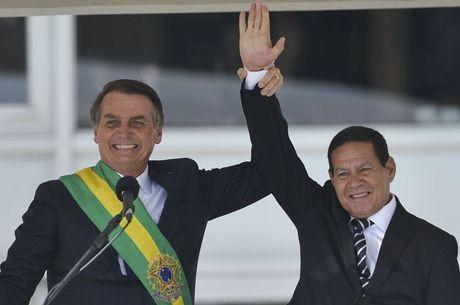 Mourão evitou comentar tweet polêmico de Bolsonaro
