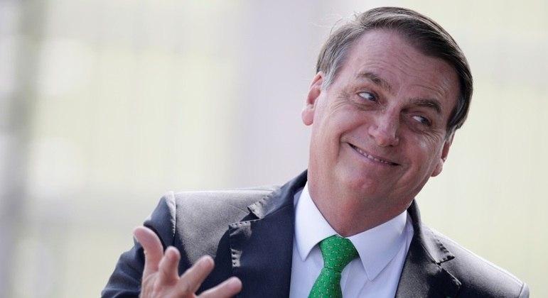 Aprovação do presidente Jair Bolsonaro caiu e chegou a 24%, a pior da história