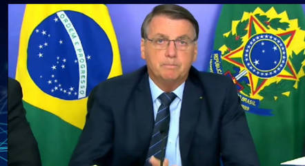 Bolsonaro promete reformas a investidores