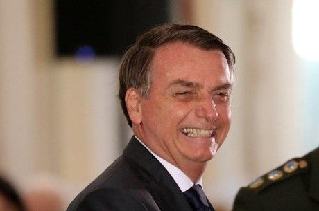 Bolsonaro surpreende com resposta a jornalista