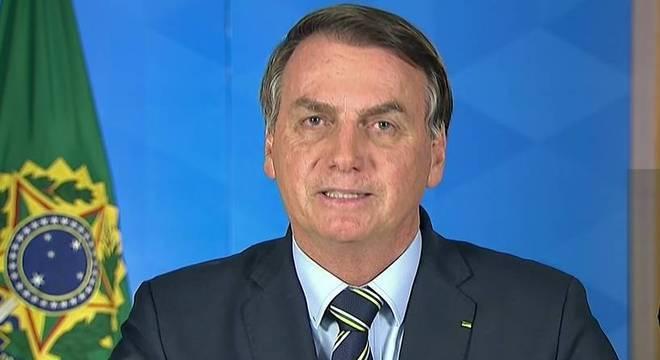 Bolsonaro defendeu o fim do isolamento em pronunciamento na terça-feira (24)