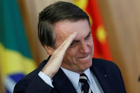 Foram demitidos 2 ex-alunos de Olavo de Carvalho