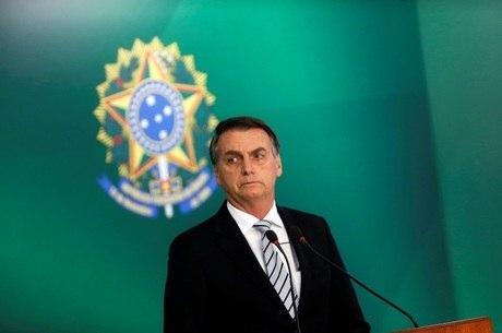 Bolsonaro nega mudança na aposentadoria