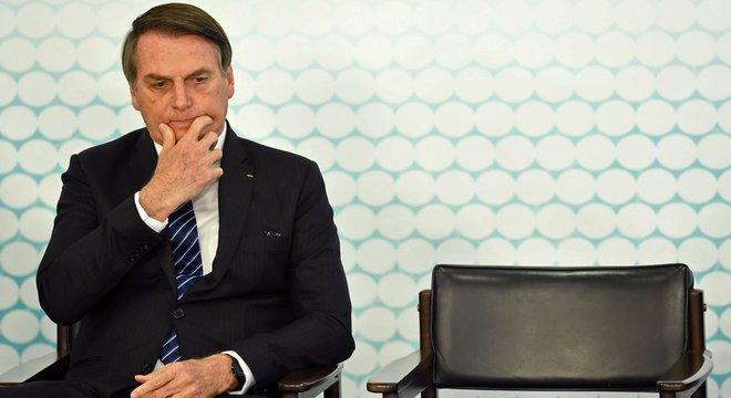 No começo da noite de quinta, Bolsonaro fez sua tradicional transmissão ao vivo no Facebook, mas não comentou a minirreforma eleitoral