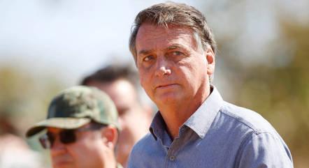 Bolsonaro durante treinamento militar em Formosa (GO)