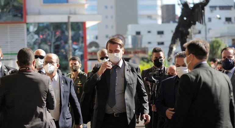 Bolsonaro em visita  ao Centro Avançado de Atendimento a Covid em Chapecó (SC)