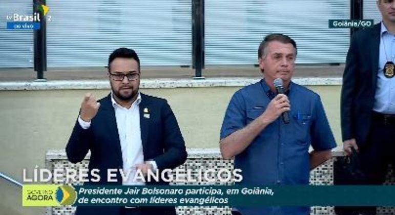 """Bolsonaro em encontro de líderes evangélicos: """"fome e miséria também matam"""""""