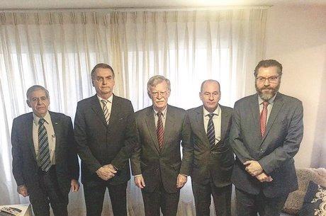 John Bolton em reunião com Bolsonaro nesta quinta