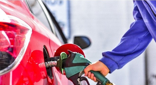 Preço do diesel permanece em R$ 2,2964