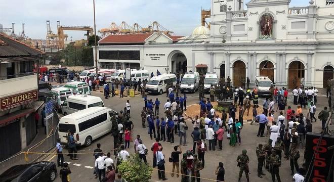 Diversas igrejas e hotéis foram atingidos por ataques a bomba pelo país
