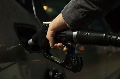 Preço da gasolina no exterior determinou reajuste