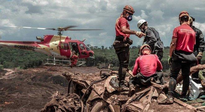Bombeiros confirmaram mais três mortos identificados em Brumadinho