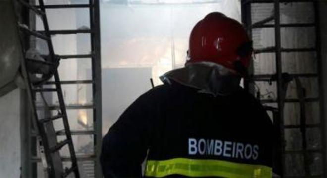 bombeiros incêndio