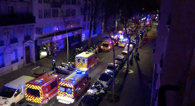 Cerca de 200 integrantes do trabalham no resgate das vítimas