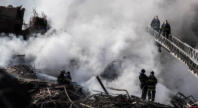 Escombros do prédio que desabou no Largo do Paissandu, centro de SP