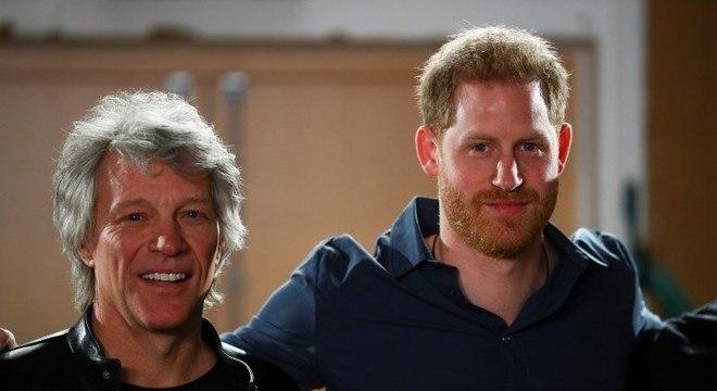 Bon Jovi e príncipe Harry lançaram música beneficente