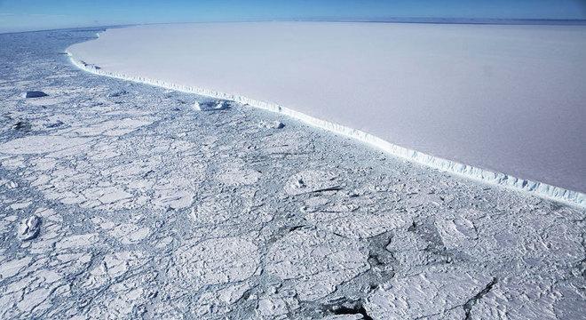 O iceberg A68 tem quatro vezes o tamanho de Londres