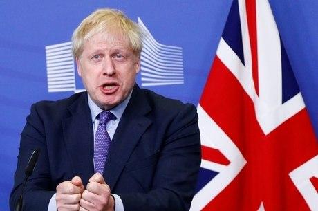 Boris Johnson não vai negociar adiamento do Brexit