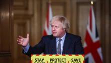 Premiê do Reino Unido defende fim das medidas de restrição