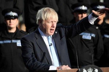 'Vou conseguir um acordo', diz Johnson sobre o Brexit