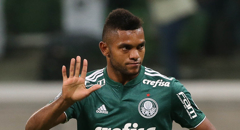 Borja. Decepção caríssima. Paga integralmente pelo Palmeiras