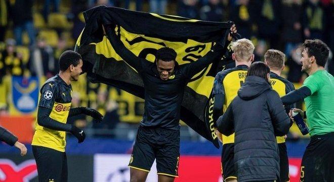 A comemoração do promovido Borussia Dortmund
