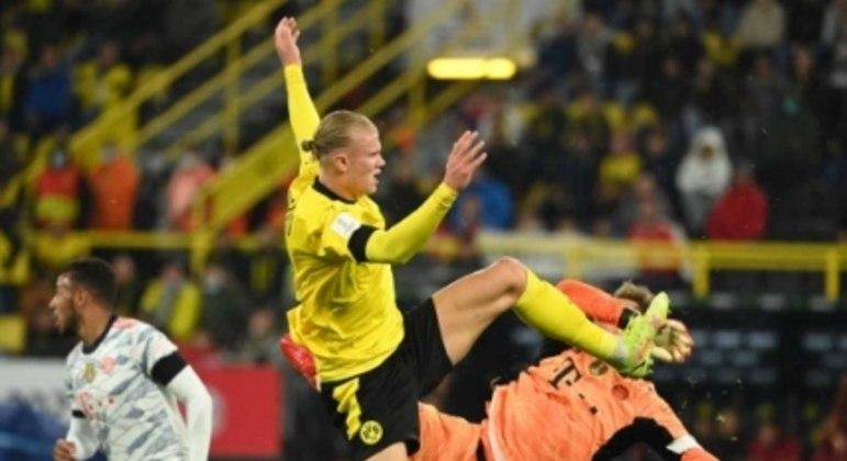 Borussia Dortmund x Bayern de Munique - Erling Haaland e Manuel Neuer