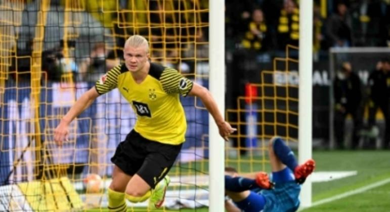Haaland marca duas vezes, Borussia Dortmund bate o Union Berlin e vence a terceira na Bundesliga