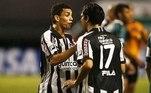 Caio e Herrera, do Botafogo, trocaram empurrões durante o jogo com o Goiás em 2010 e receberam cartão vermelho. Após prender demais a bola e desperdiçar um contra-ataque, o jovem levou uma bronca do argentino e respondeu empurrando o colega