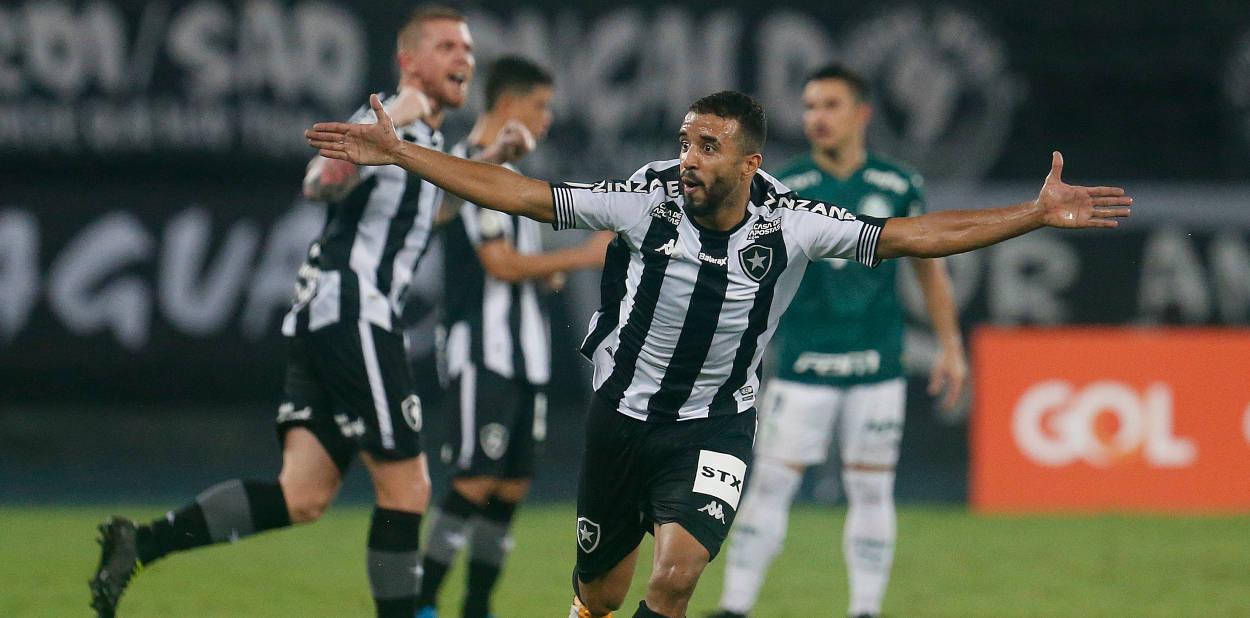 Botafogo demonstrou mais vibração. Palmeiras subestimou o limitado time carioca
