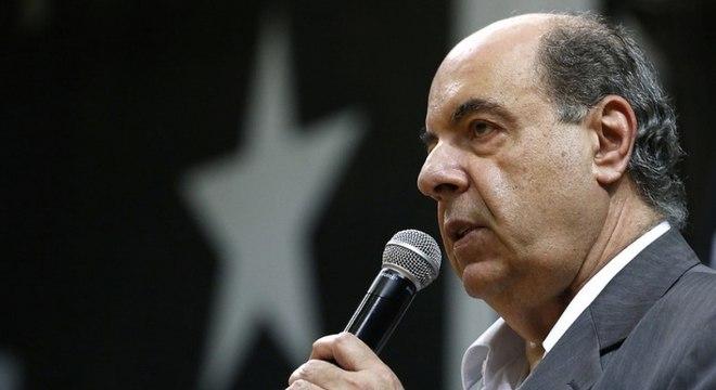 Nelson Mufarrej não se conforma com a volta 'precoce' do Carioca