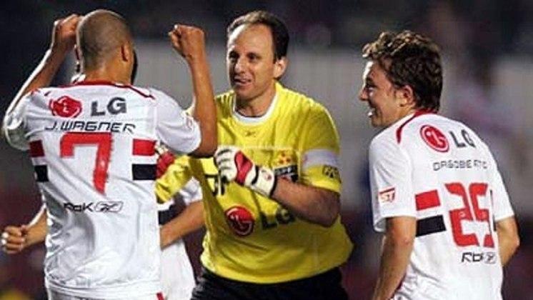Botafogo - 2 gols: o goleiro marcou duas vezes diante do Glorioso. Ceni fez de falta e também de pênalti.